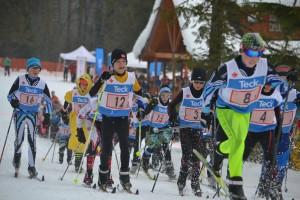 Boys relay start